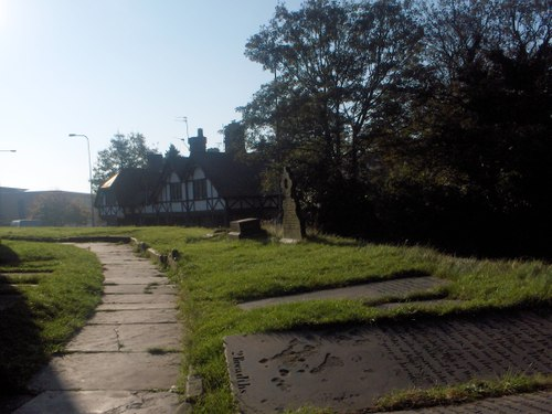 Huyton village, churchyard
