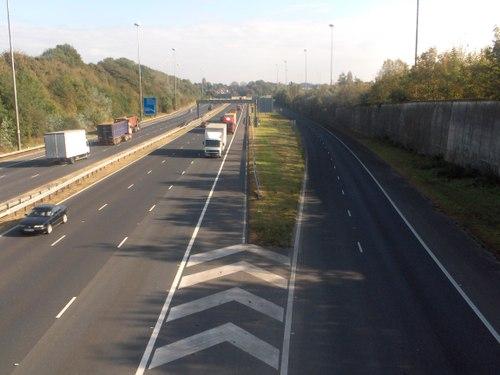 M62 J4 Broad Green seen from footbridge